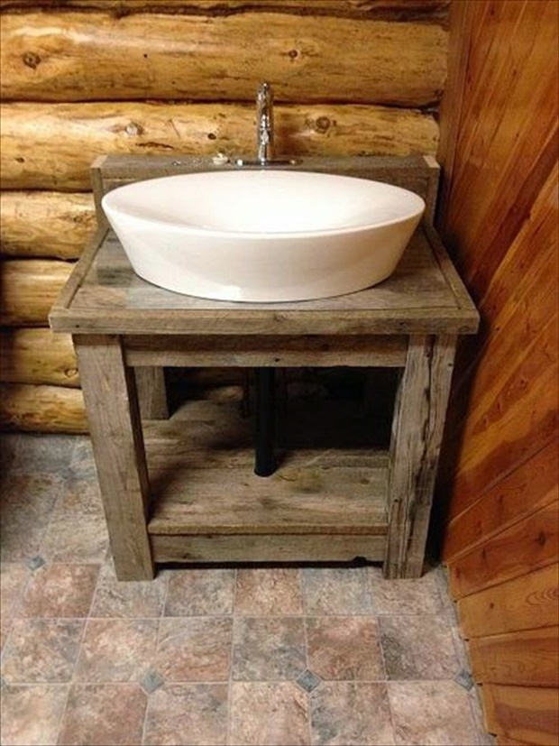 DIY Pallet Bathroom Vanity