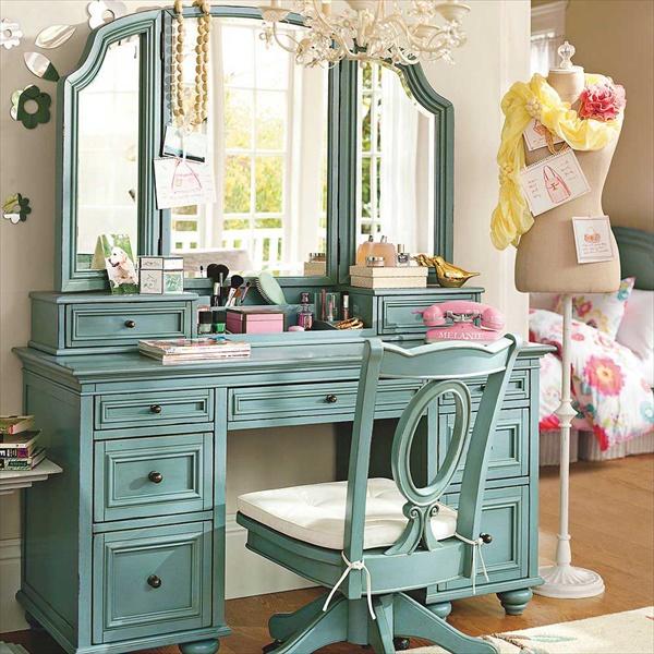15 DIY Vanity Table Ideas - DIY Makeup Vanity