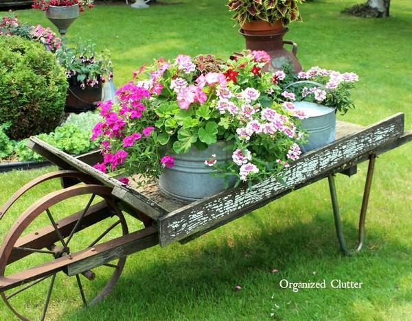 DIY Garden Decorating Ideas