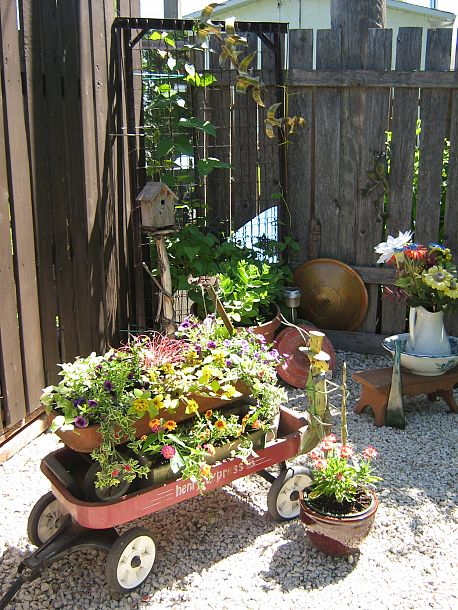 Amazing Repurposed Container Gardening Idea