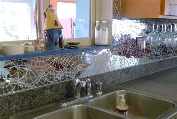 Genius DIY Broken Mirror Craft Ideas • DIY Home Decor