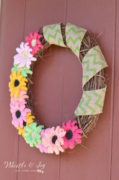 Crochet Gerbera Daisy Wreath