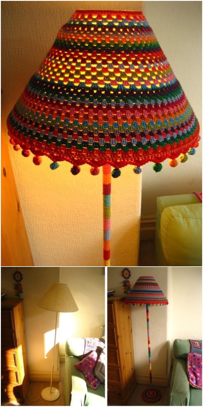 Crochet Funky Lamp Yarnbomb