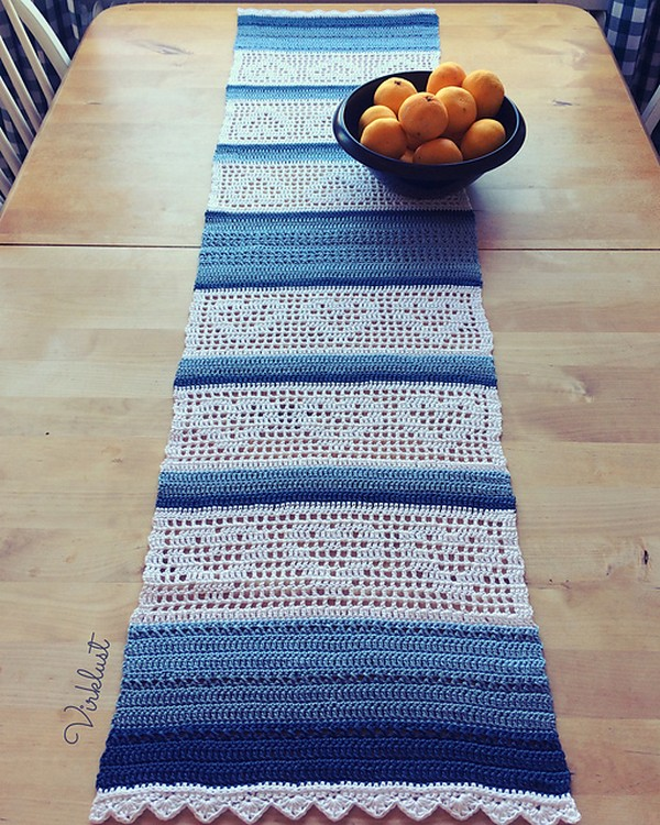 Heart Table Runner Free Crochet Pattern