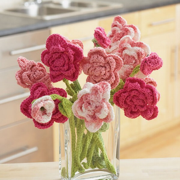 Rose Bouquet Crochet Pattern