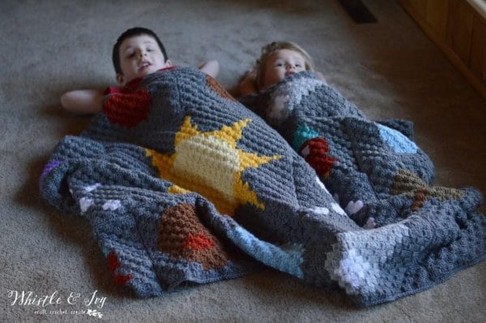 C2C Solar System Free Crochet Blanket