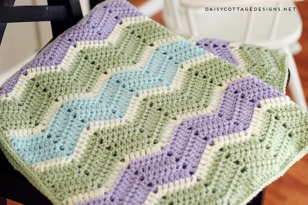 Easy Chevron Crochet Blanket Pattern