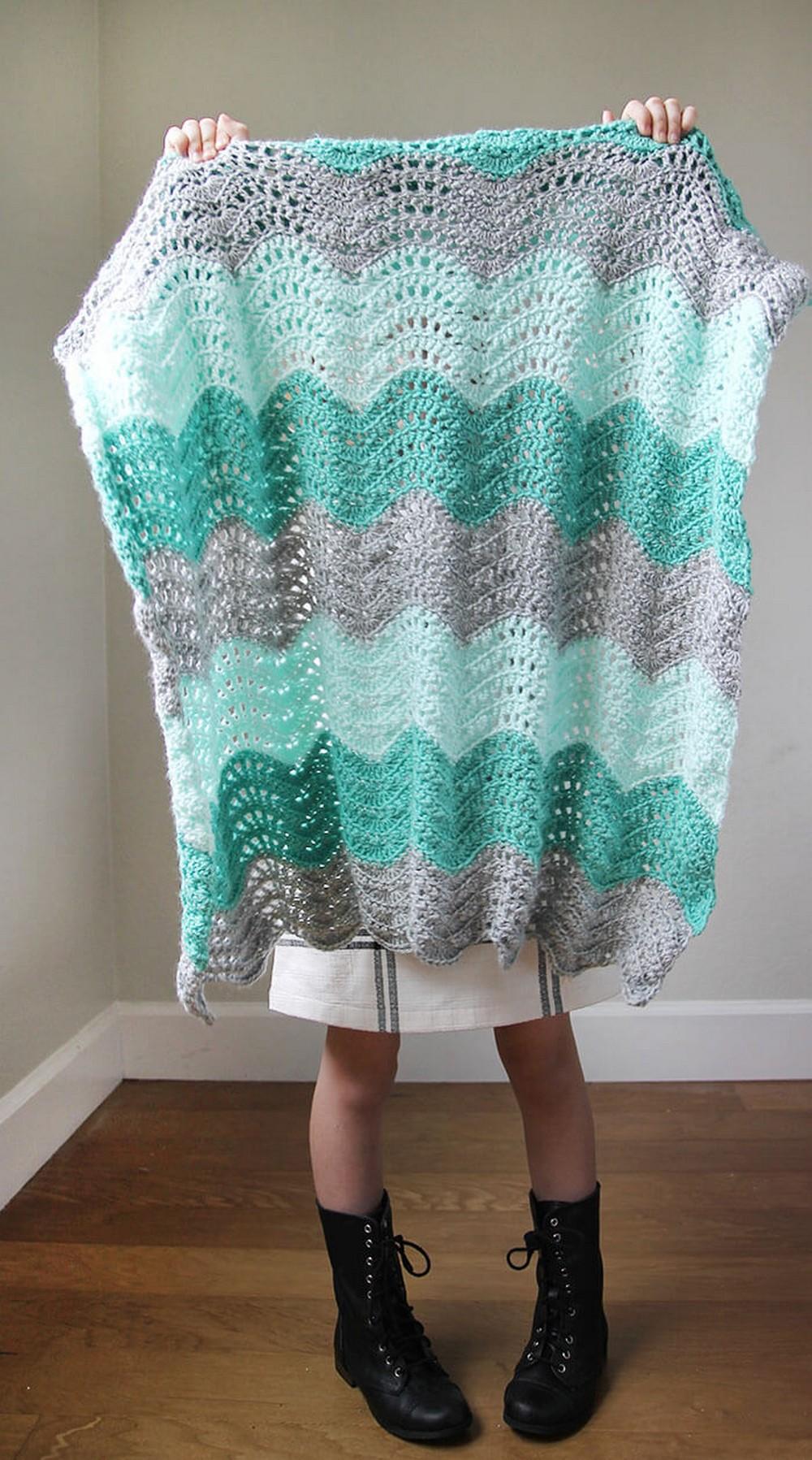 Feather And Fan Baby Free Crochet Blanket Pattern