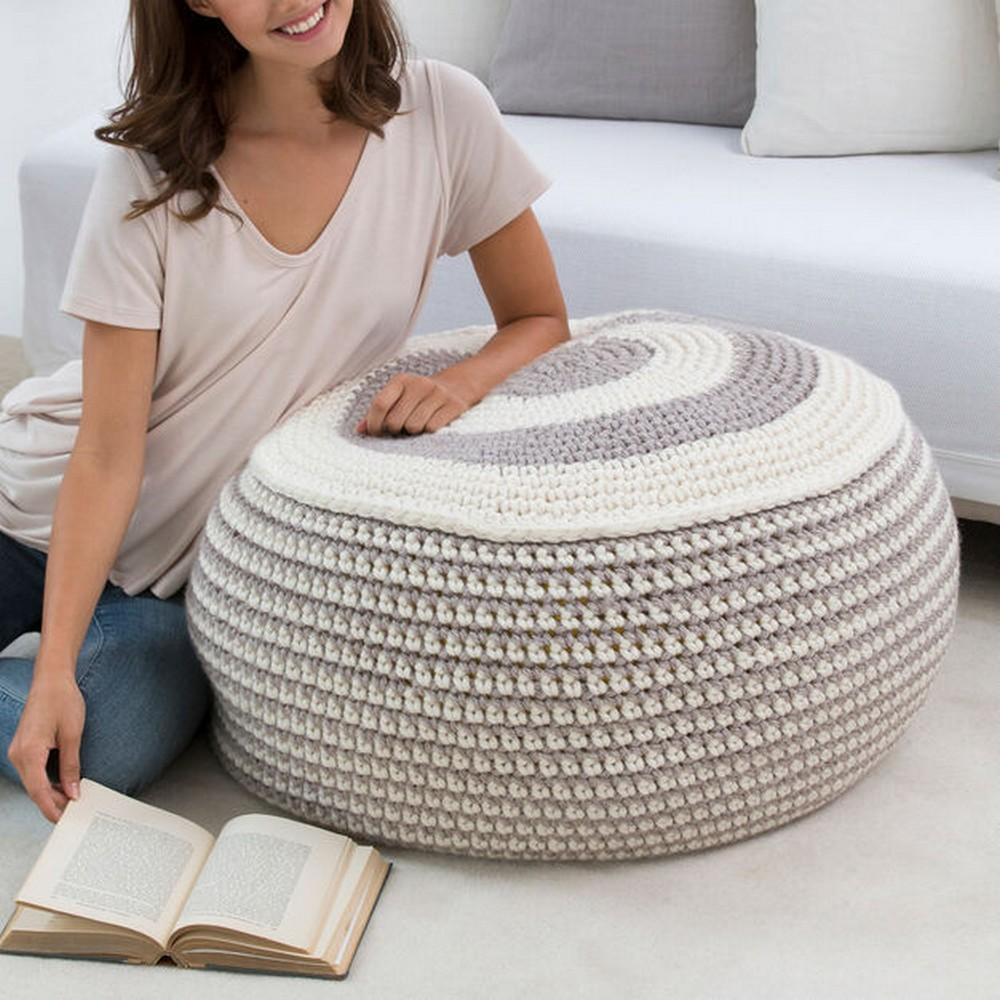 Free Crochet Stylish Pouf Pattern