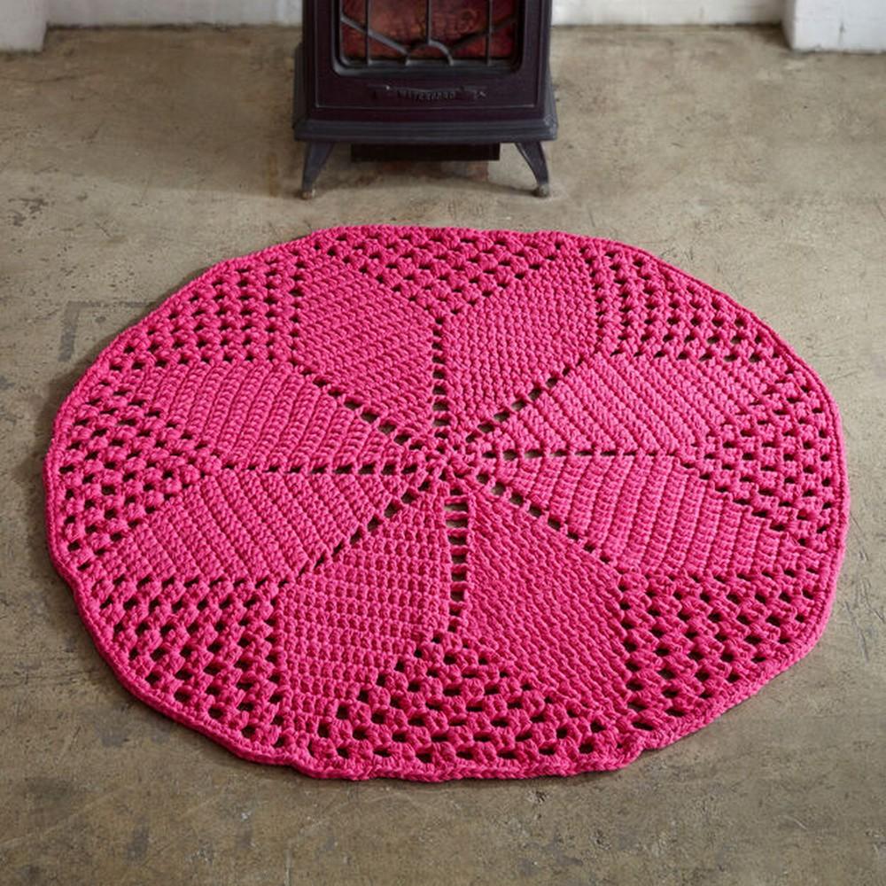 Free Crochet Diamond Daisy Rug Pattern