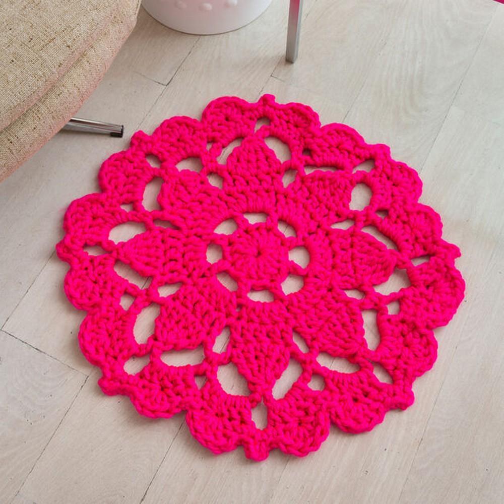Free Crochet Pretty In Pink Rug Pattern