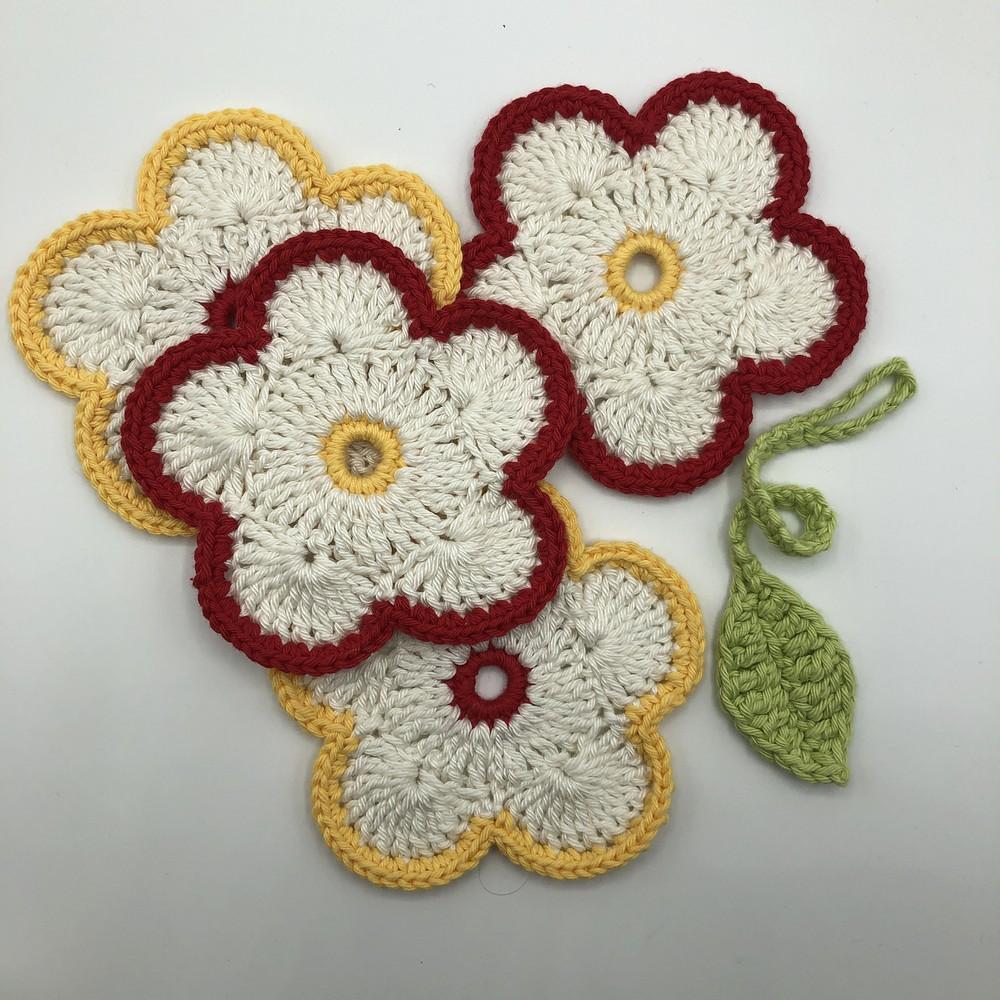 Free Crochet Treble Flower Coaster Set Pattern
