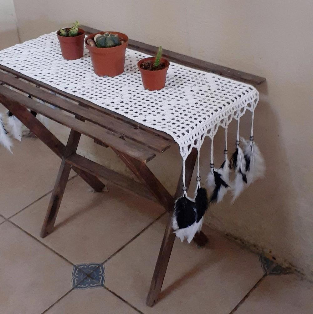 Free Crochet Brisa Table Runner Pattern