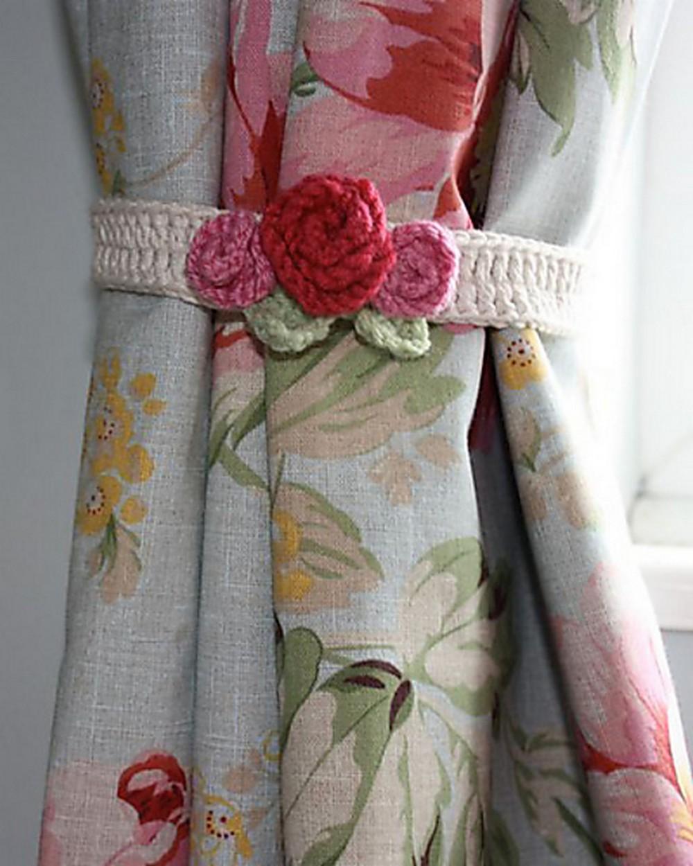 Free Crochet Rose Ties Pattern