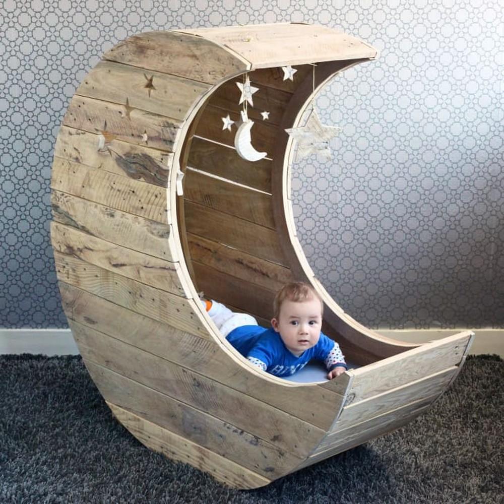 DIY Baby Moon Cradle