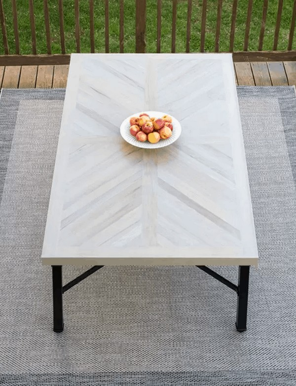 DIY Outdoor Dining Table 1