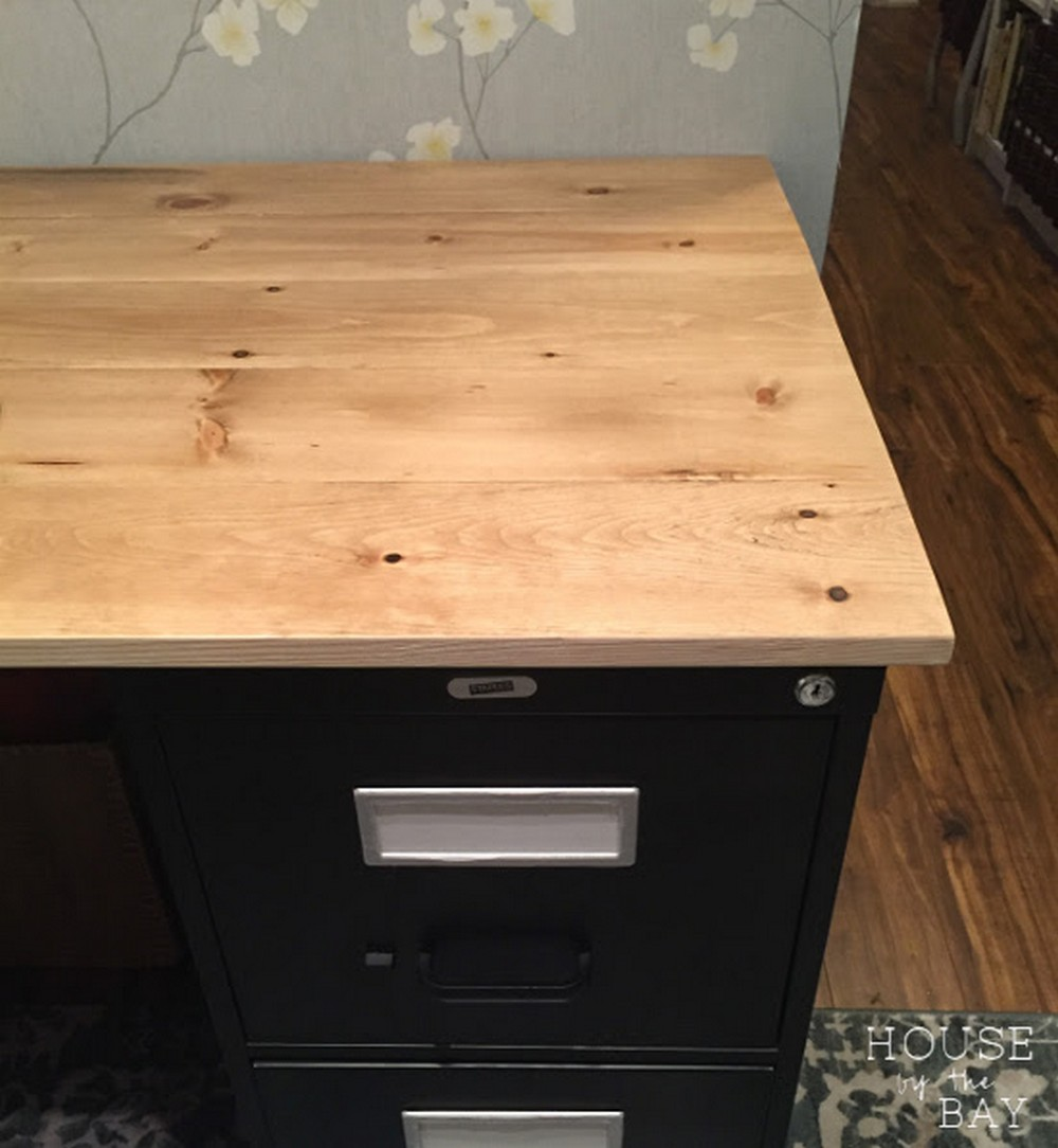 Inexpensive DIY Wood Tabletop
